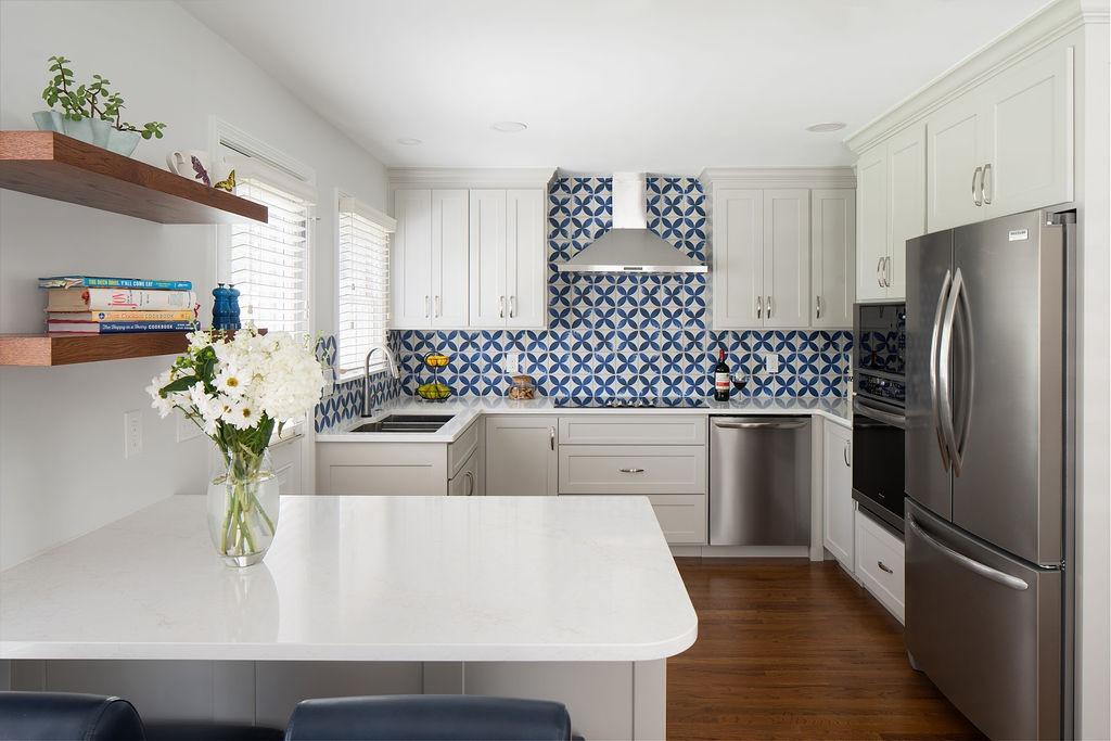 Kitchen remodeling with backsplash